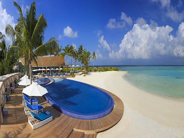 Niyama _Pool_and_Beach