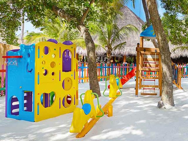 Vacanza Maldive Bambini Kuredu Hotel Atollo Di Lhaviyani 0022