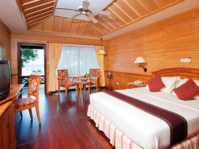 Offerta Vacanza Maldive Royal Island Resort Atollo Di Baa 0005