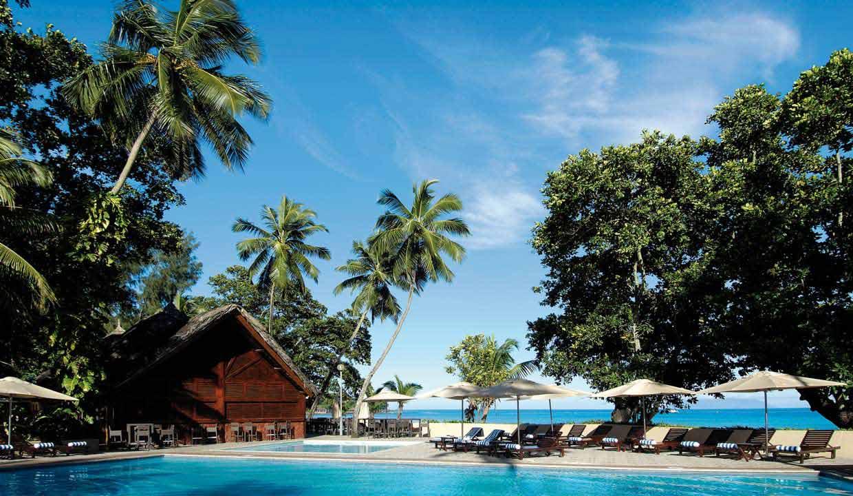 Seychelles_BerjayaBeauVallonBayBeachResort_top (1)