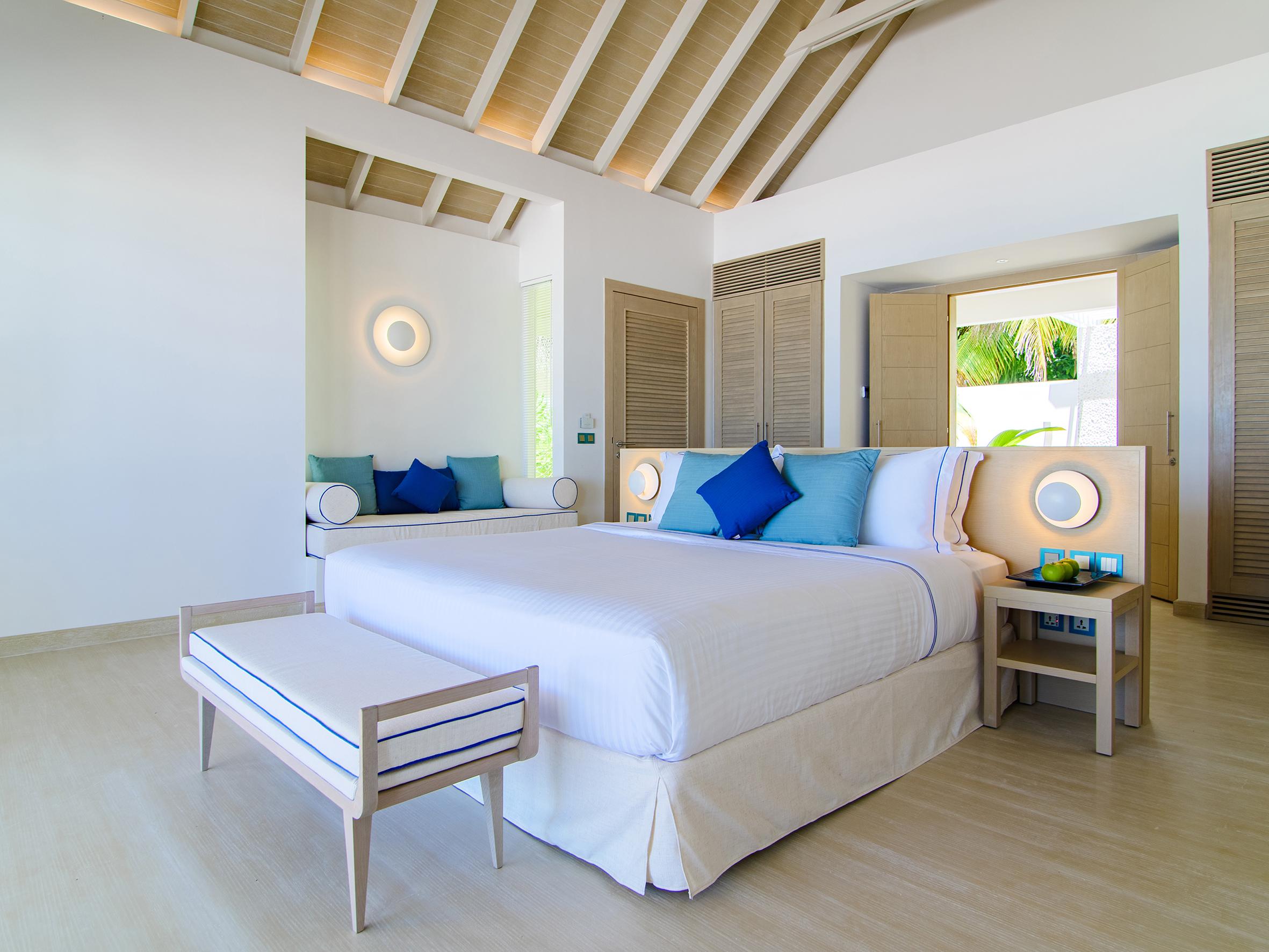 Baglioni Resort Maldives Beach Villa Bedroom 02