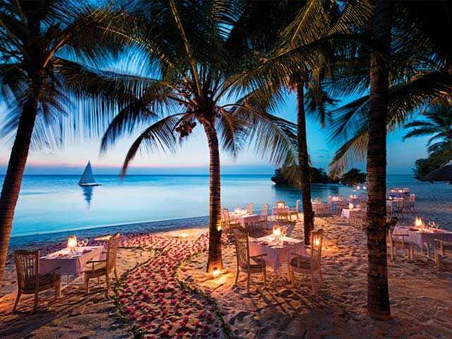 Zanzibar AB Main Restaurant Beach Dinner Dusk 01 Gallery